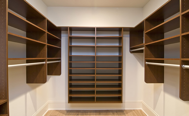 Custom Shelves And Closets